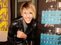 Kourtney Kardashian Romancing With Younger Man Justin Bieber?