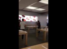 Man Breaks Dozen iPhones At French Apple Store