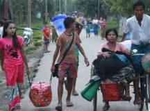 Thousands Burmese Rohingya Muslims Flee Bangladesh Amid Military Crackdown