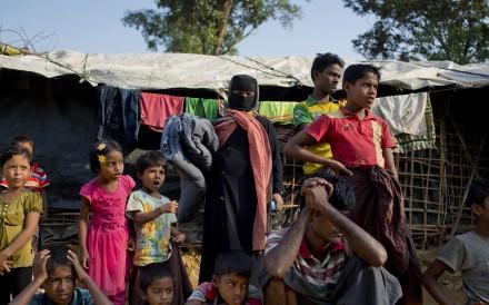 USA sanctions Myanmar general over Rohingya crisis